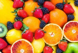 Frutta e verdura i 5 colori che ci aiutano a stare bene a tavola