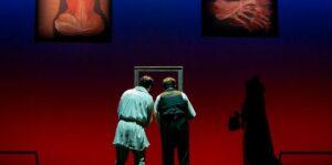 Teatro Stabile di Napoli: porte chiuse ma tanti progetti